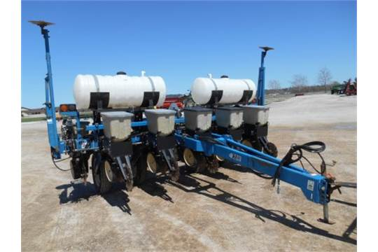 Kinze 2000 Planter 6 11 Notill Liquid Fertilizer No Pump