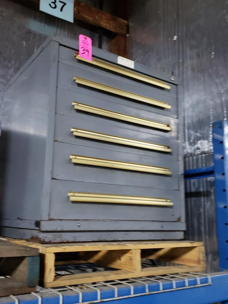 6 drawer Equipto tool cabinet. Overall dimensions 34Tx30Wx28D.