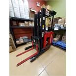 Raymond reach truck, model EASI R30TT, 3000 lb. capacity, ser. no. ET-D-01-10319, 24V c/w SCR 200