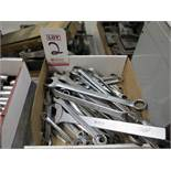 LOT - ASSORTED WRENCHES AND RATCHET WRENCHES