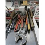 LOT - HAND TOOLS: HAMMERS, PIPE WRENCHES, CRESCENT WRENCH, BOLT CUTTERS AND PRY BAR