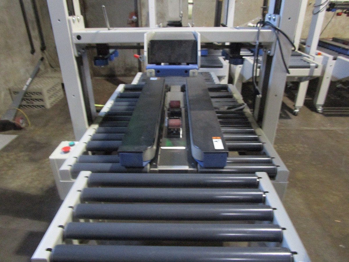 Interpack USA 2024-SB Top and Bottom Case Sealer s/nTM09405A035 | Rig Fee: $100 - Image 3 of 5