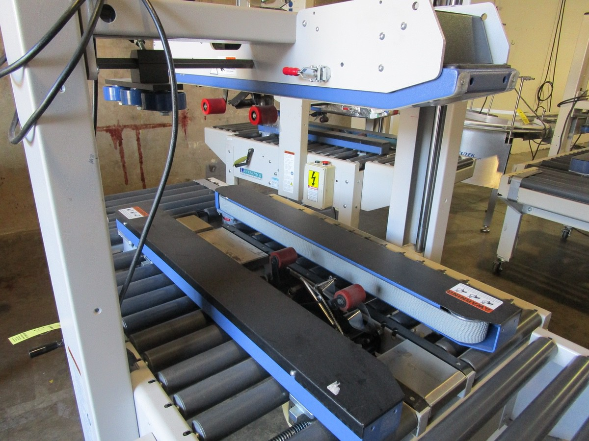 Interpack USA 2024-SB Top and Bottom Case Sealer s/nTM09414L051 | Rig Fee: $100 - Image 2 of 3