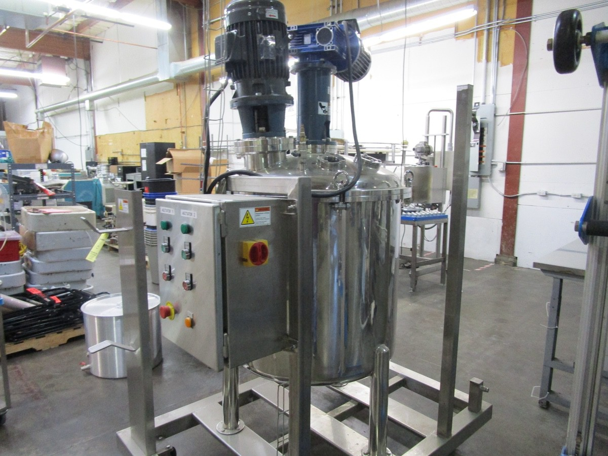 Approx. 75 Gallon Stainless Steel High Polish Twin Agitated Vessel, (2) Mixer/Agitat | Rig Fee: $300 - Image 7 of 10