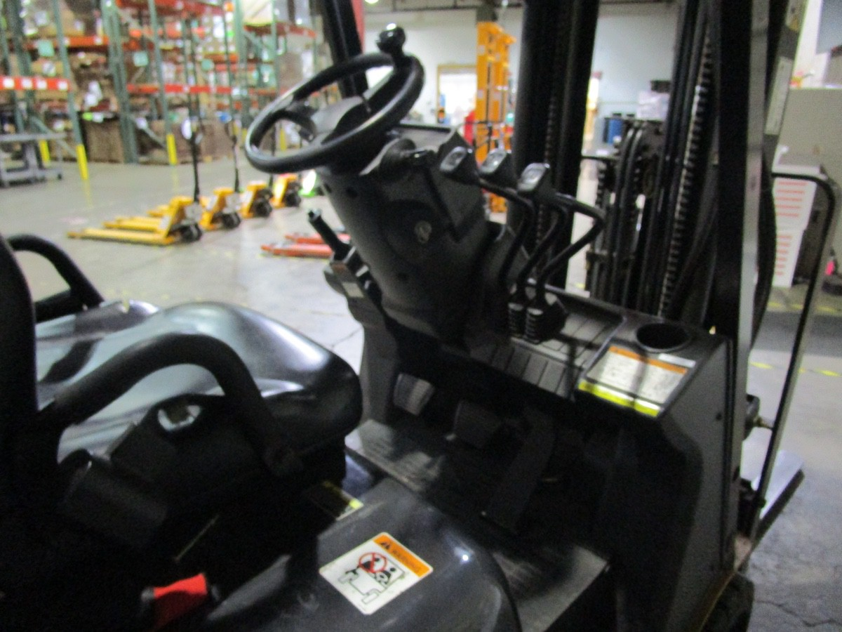 Cat CC4000 LPG Forklift s/n AT81F50079 (Delivery - 4/3/20), 1700 Hours, 3,125 #, 200 | Rig Fee: $100 - Image 3 of 7