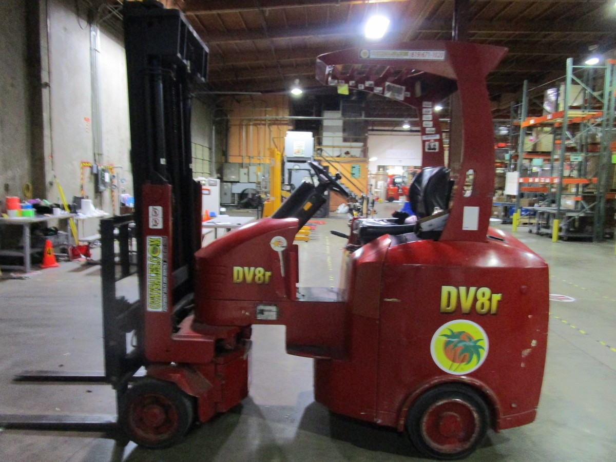 Tailift USA DV8R Narrow Aisle Articulating Forklift s/n 600004, 3,630#, 775 Hou   Rig Fee: $100 - Image 2 of 11