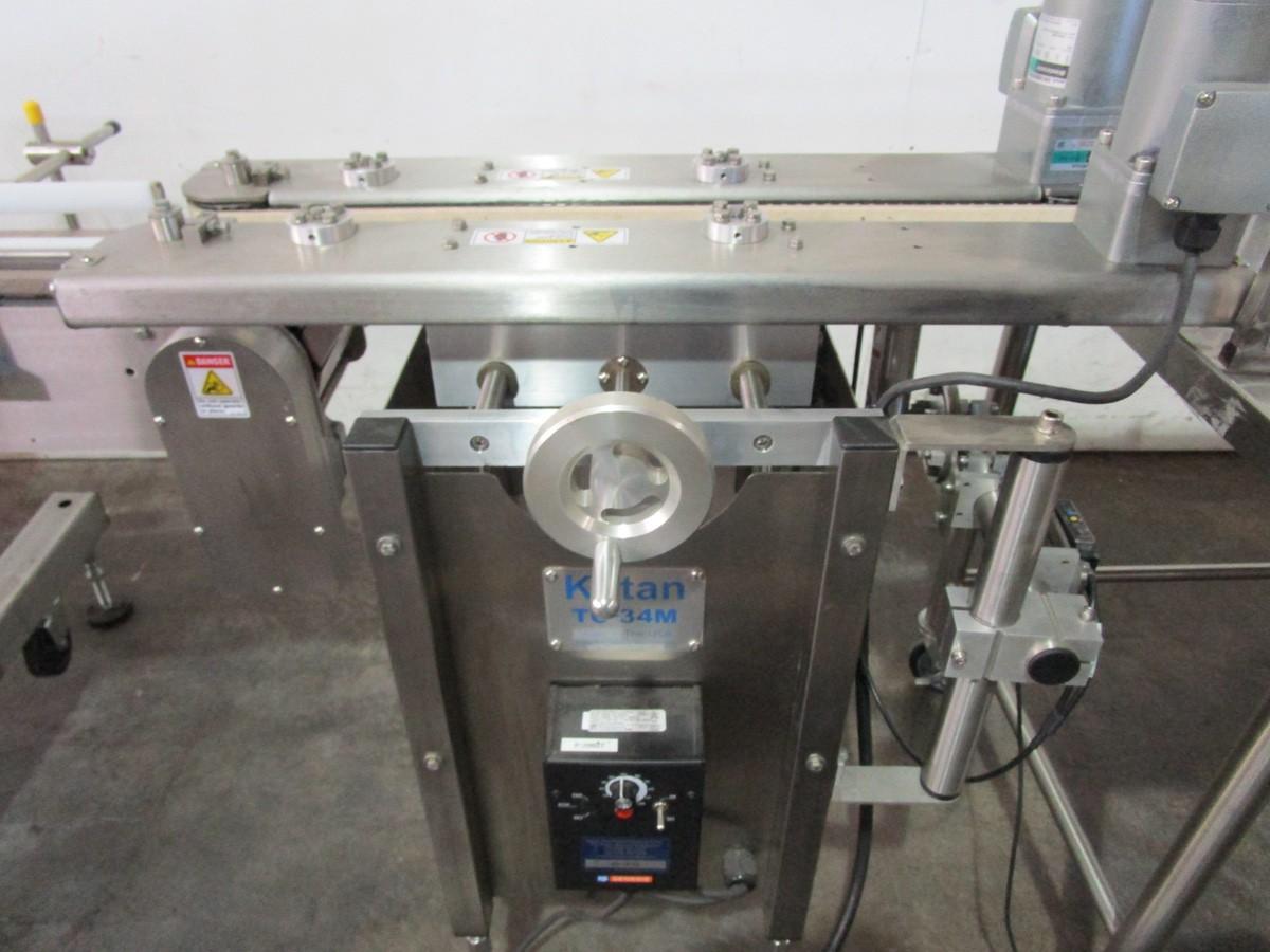 Lot 26 - 2018 Ketan LR-290R Wrap Around Labeler s/n KLS-136157, TC-34M Squeeze Conveyor | Rig Fee: $250