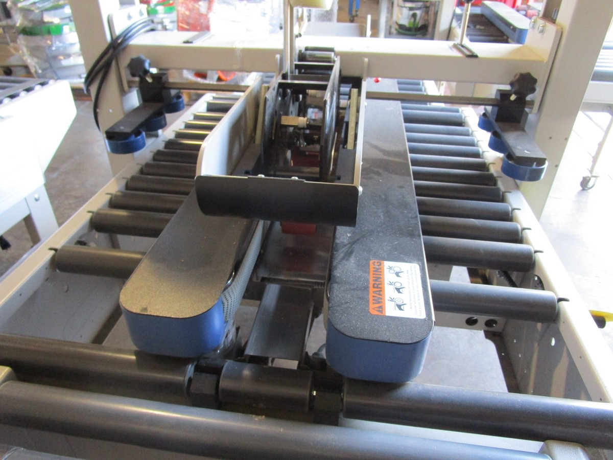 Lot 30 - Interpack USA 2024-SB Top and Bottom Case Sealer s/nTM09414L057 | Rig Fee: $100