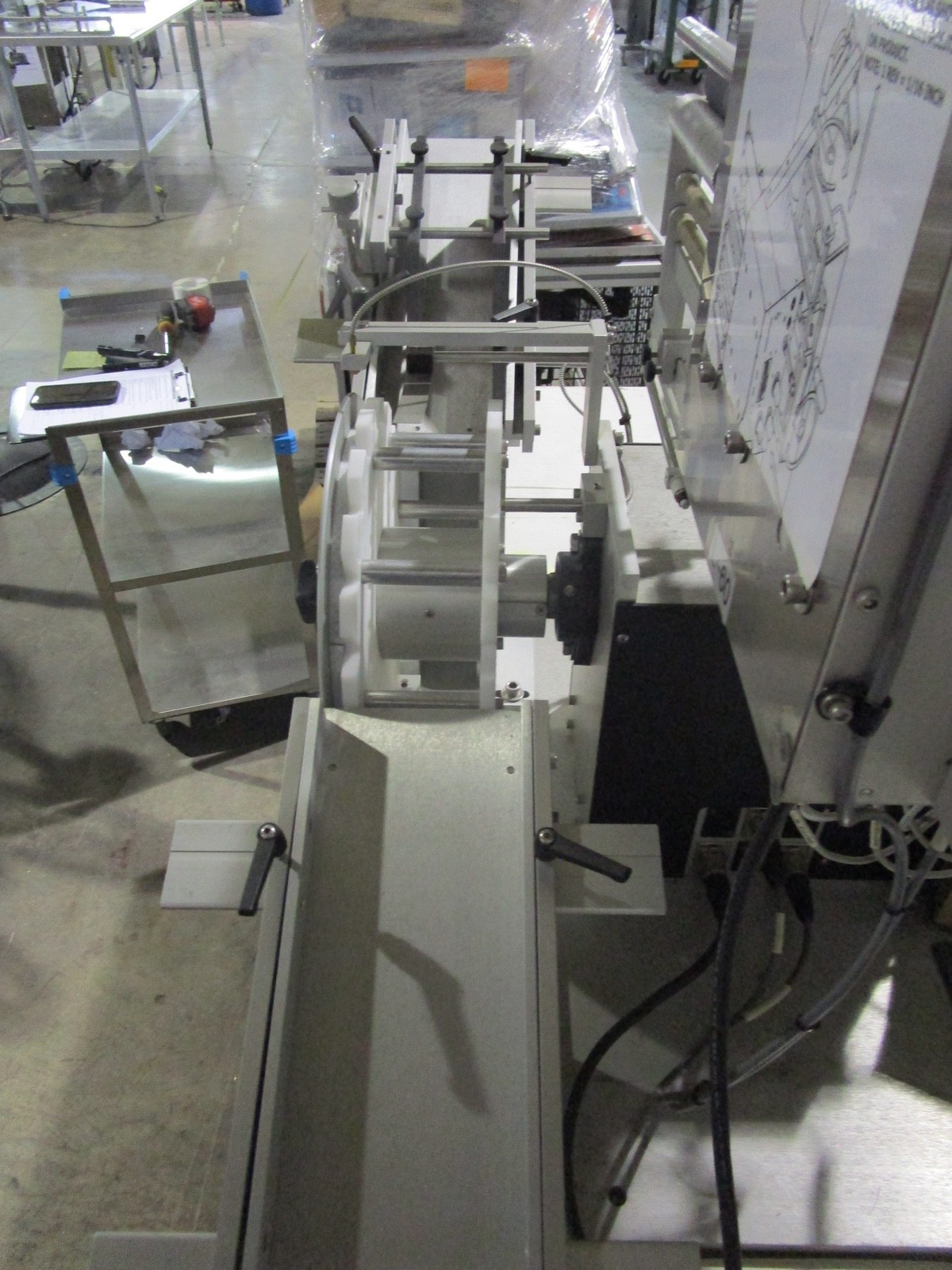 Universal R-315 Carrousel/L-15 Labeling System/L-60 Left Hand s/n 718-004-1-05-1064 | Rig Fee: $50 - Image 7 of 10