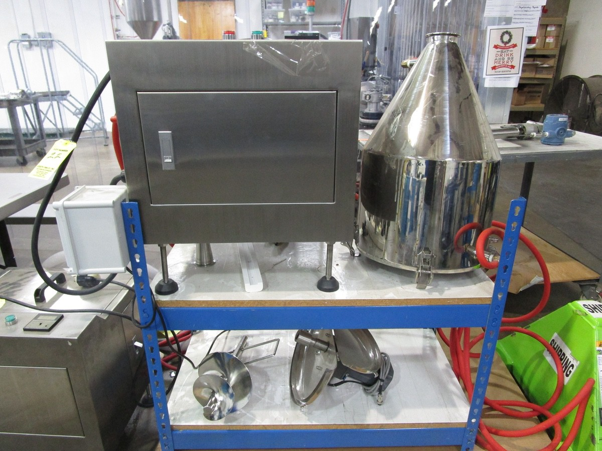 Lot 22 - JDA Heated Tank with Jacketed Hopper | Rig Fee: $0