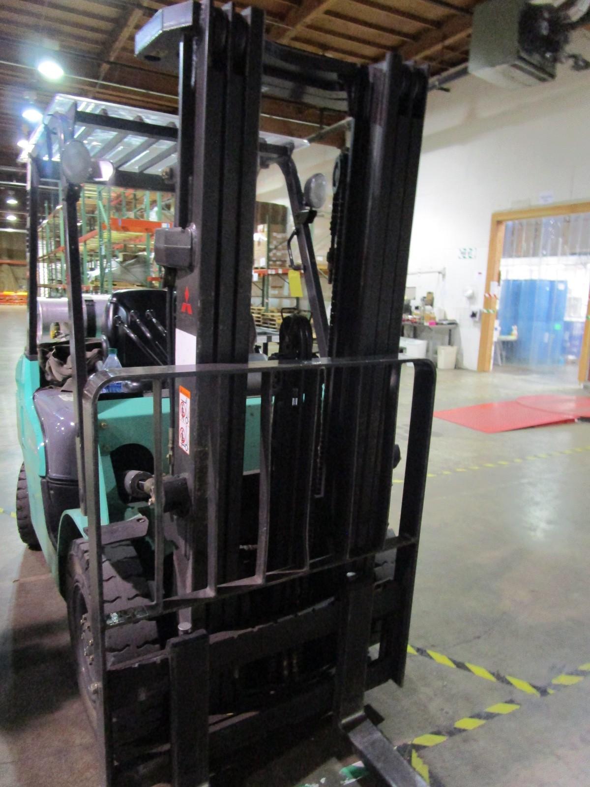 Mitsubishi FG25N LPG Forklift s/n AF17D03330 (Delivery - 4/3/20), 3175 Hours, 4,500# | Rig Fee: $100 - Image 7 of 7