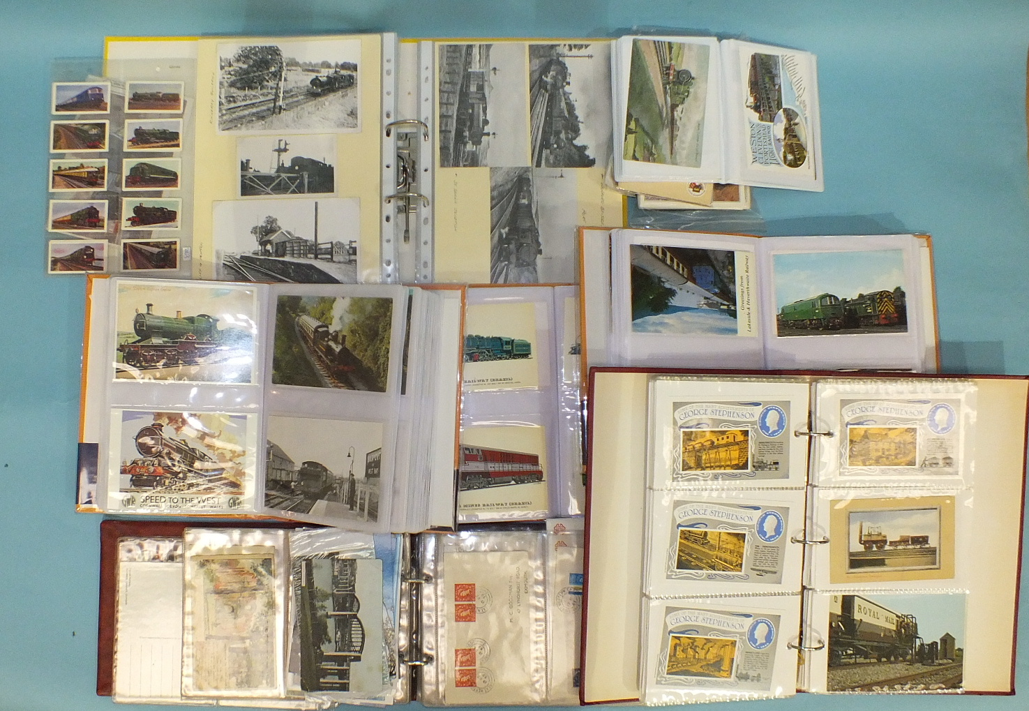 Lot 54 - A quantity of mainly modern postcards of locomotives.