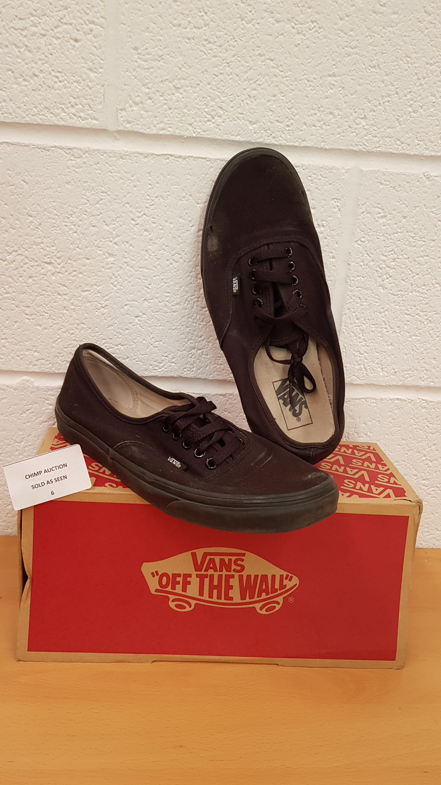 Lot 6 - Vans Authentic Low- Top UK SIZE 10