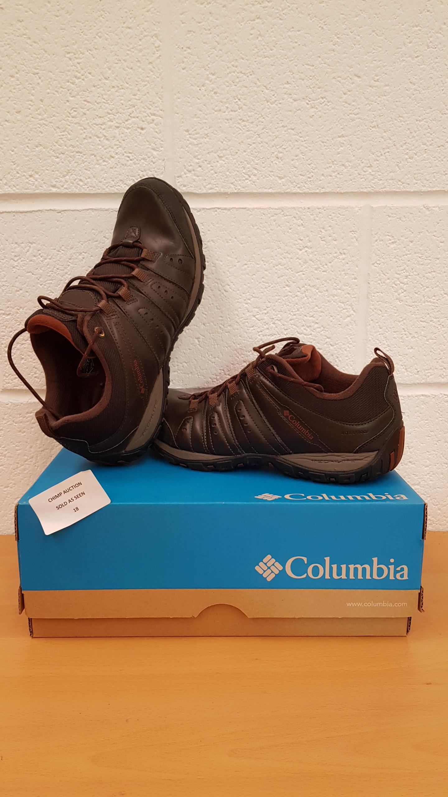 Lot 18 - Columbia Woodburn II Waterproof Men's Leather Shoes UK SIZE 11 RRP £129.99