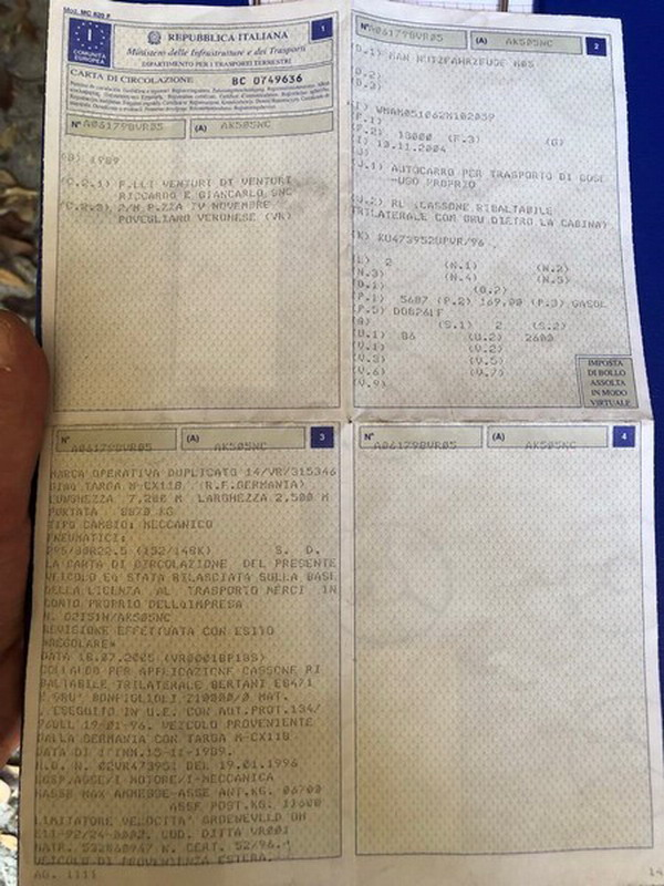Lot 25a - N. 25 (N. 767 ERA FALLIMENTO) AUTOCARRO DUE ASSI MAN 17.232 TG AK 505 NC ANNO 1989 KM 922760 CON