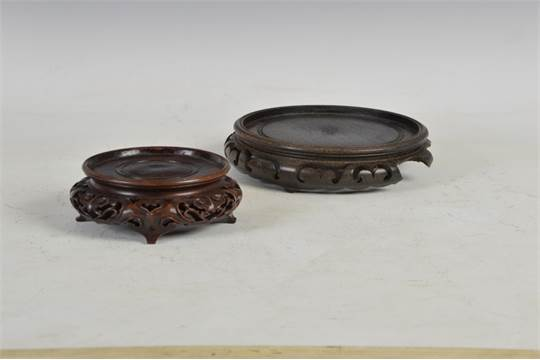 A Chinese Carved Wood Vase Stand Late Qing Dynasty Carved And