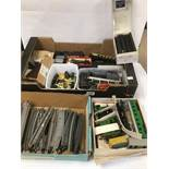A COLLECTION OF ASSORTED MODEL RAILWAY RELATED ITEMS, INCLUDING TRACK, AIRFIX LOCO'S, CARRIAGES,