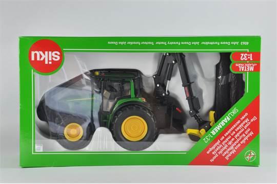Siku 1/32 John Deere Forestry Tractor  Ex Display so VG to E