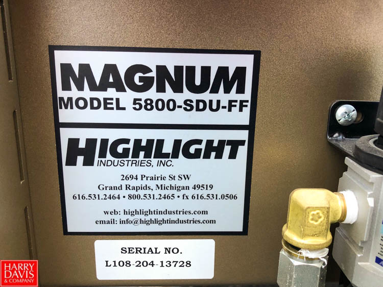 Magnum 700 Case Former and Magnum 5800 Top and Bottom Case Sealer **SUBJECT TO BULK BIDDING** - Image 9 of 10