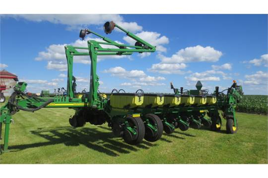 2010 John Deere 1770nt Mexemerge Xp 16 Row Planter Row Cleaners