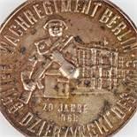 """Silbermedaille Wachregiment Berlin """"Feliks Dzierzynski"""" Ehrengeschenk """"Wachregiment Berlin Feliks"""