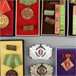 Ordensspange und Auszeichnungen DDR 1 x 4-teilige Bandspange, Ministeriums des Innern, je Medaille