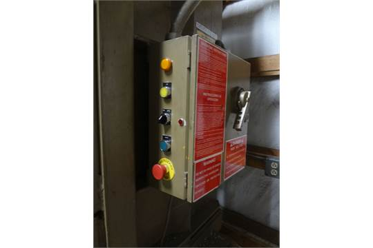 PIQUA MODEL 30-60 VERTICAL TYPE HYDRAULIC CARDBOARD BALER, S