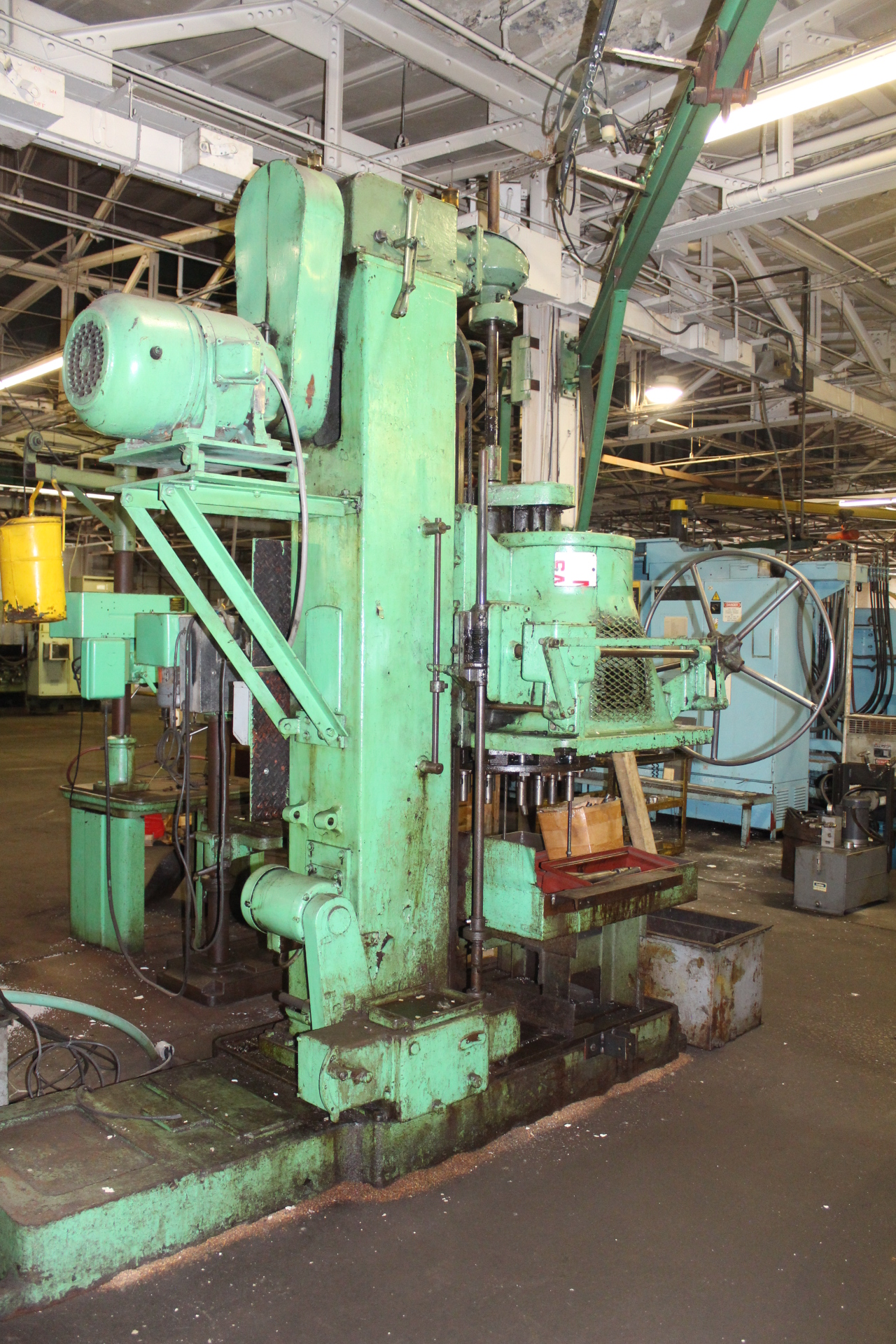 Lot 30 - Natco Multi-Spindle Vertical Production Drilling Machine