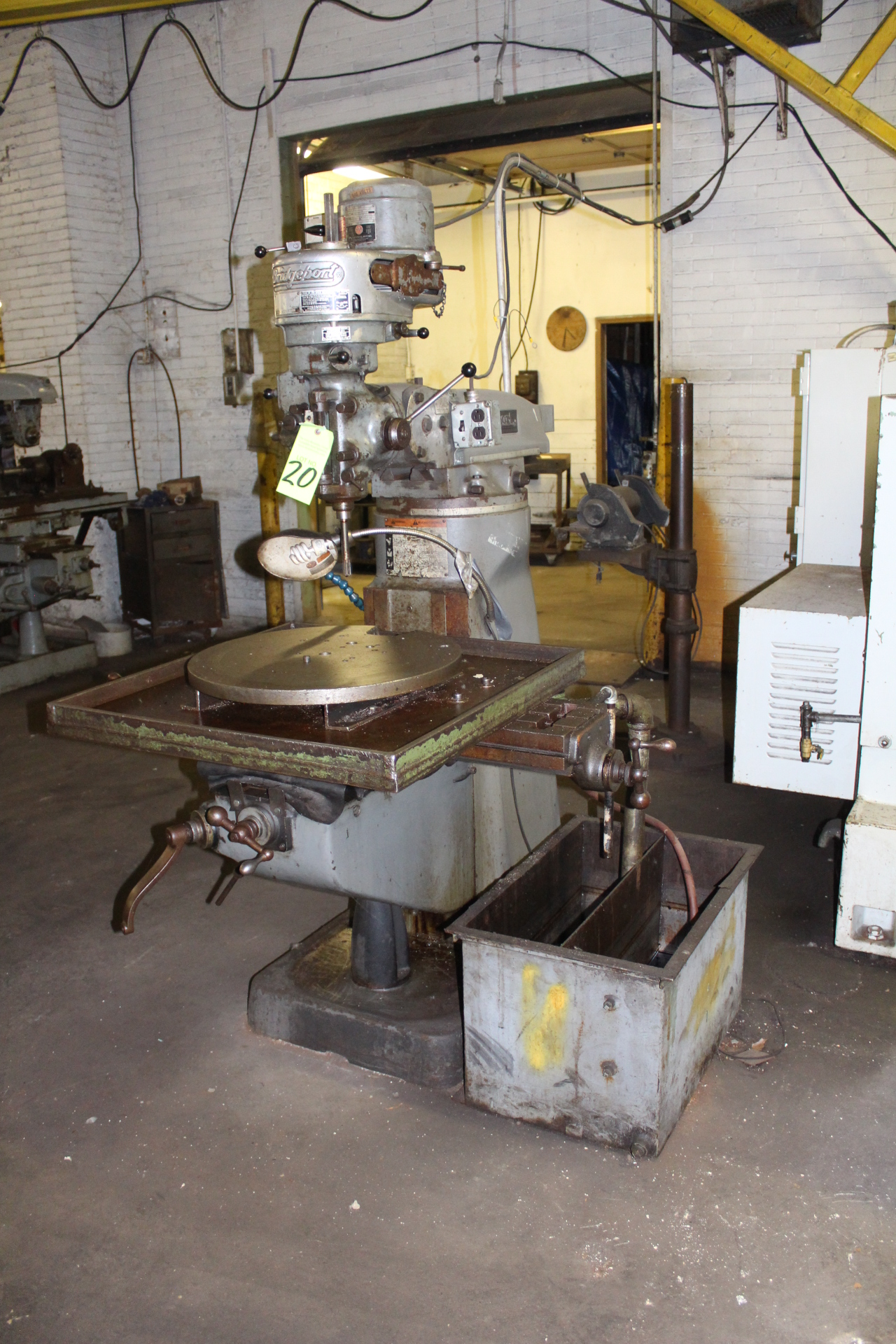 Lot 20 - Bridgeport 1-Hp 8-Speed Vertical Milling Machine