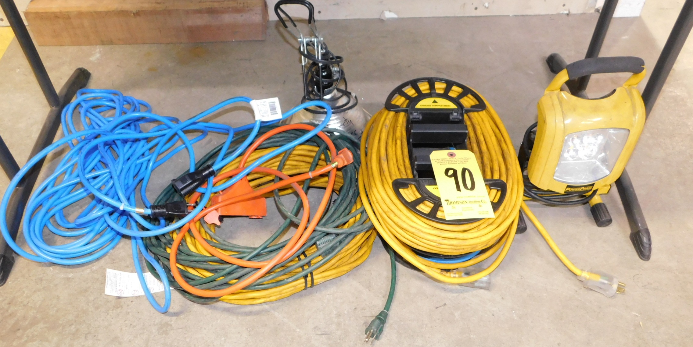 Extension Cords and Work Lights, Lot Location 3204 Olympia Dr. A, Lafayette, IN 47909