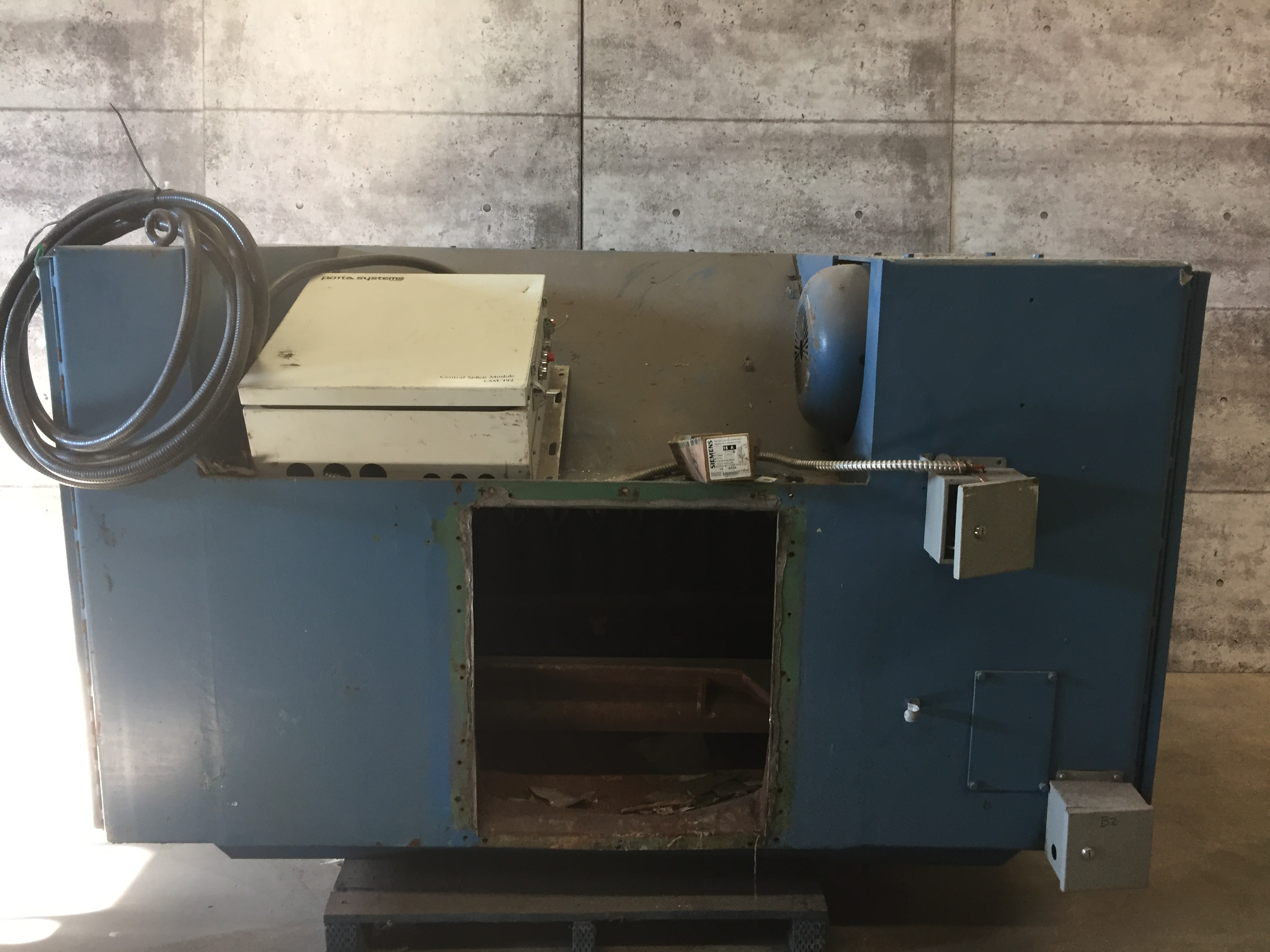"""BLOAPCO (MODEL #3C-2548-B) SHREDDER WITH 1"""" CORES AND CARDBOARD - SERIAL #73584 - Image 2 of 5"""