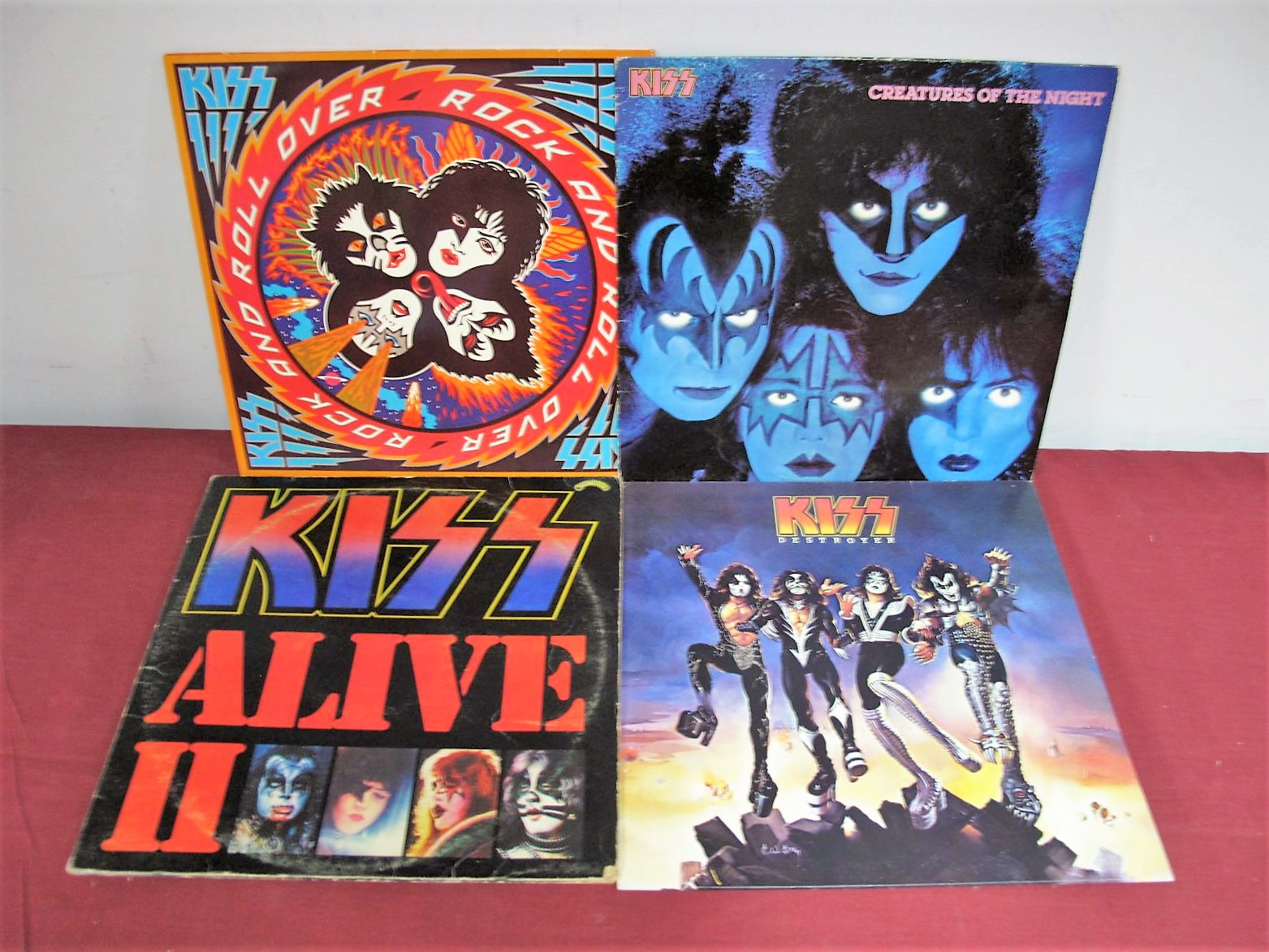 Lot 25 - Kiss Vinyl - A great collection of seventeen Kiss LP's/compilations, etc, including Destroyer, Alive