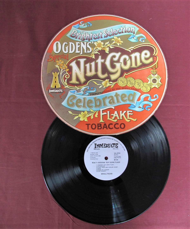Lot 27 - Small Faces - 'Ogdens Nut Gone Flake' LP 1968, 1st press mono IMP012, rarer lilac label, 012-1L/