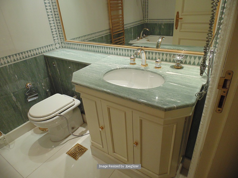 Auction id 11472 lot number 1234 ensuite bath vanity for Bronze and silver bathroom accessories