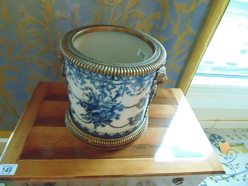 Auction id 11472 lot number 160 a blue and white for White ceramic bathroom bin