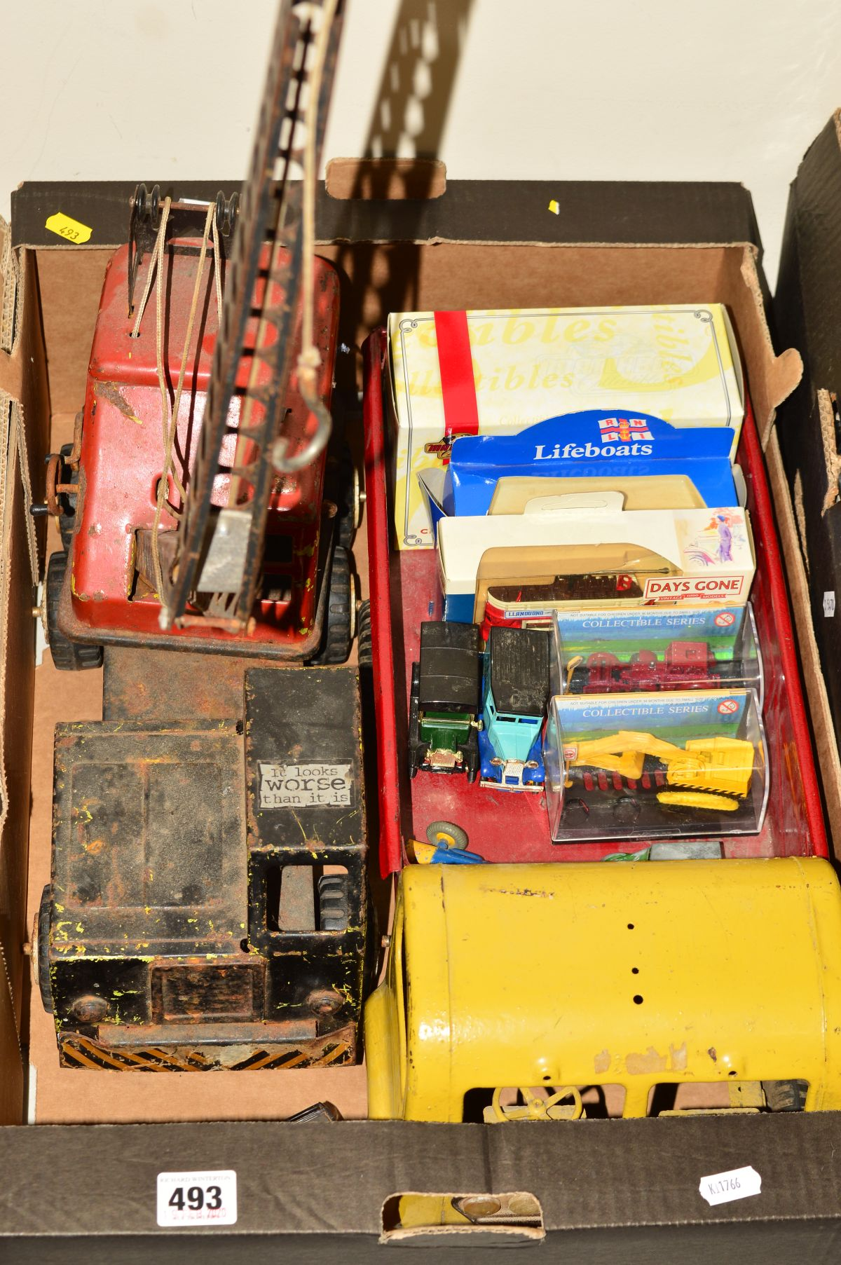 Lot 493 - A TRI-ANG PRESSED STEEL 300 SERIES TRUCK, repainted and missing bumper and other items from cab, a