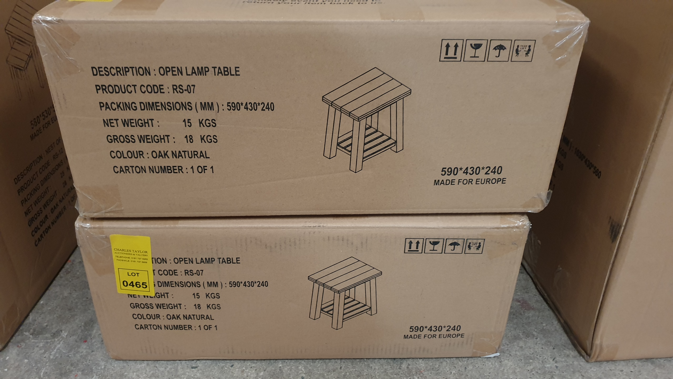 Lote 464 - BRAND NEW BOXED OPEN LAMP TABLE