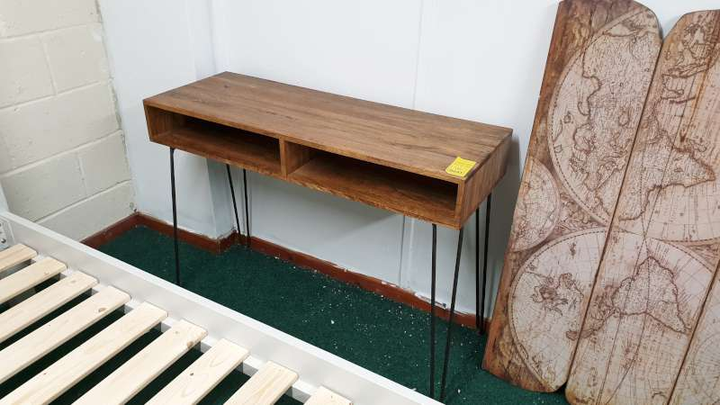Lote 231 - JACKFIELD MAGO CONSOLE TABLE SIZE L1110MM X W400MM X 800MM RRP 449.00