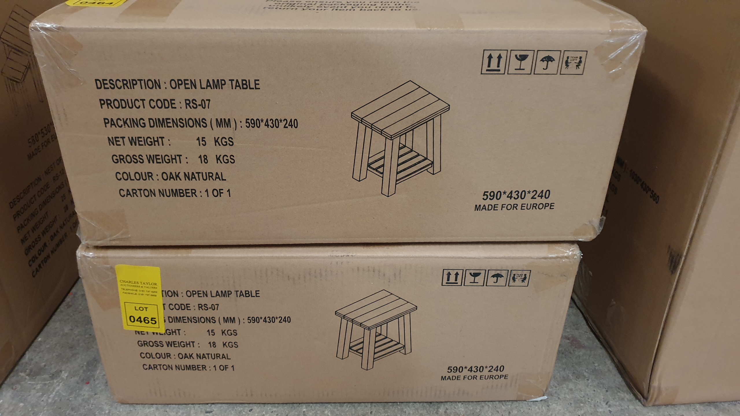 Lote 465 - BRAND NEW BOXED OPEN LAMP TABLE