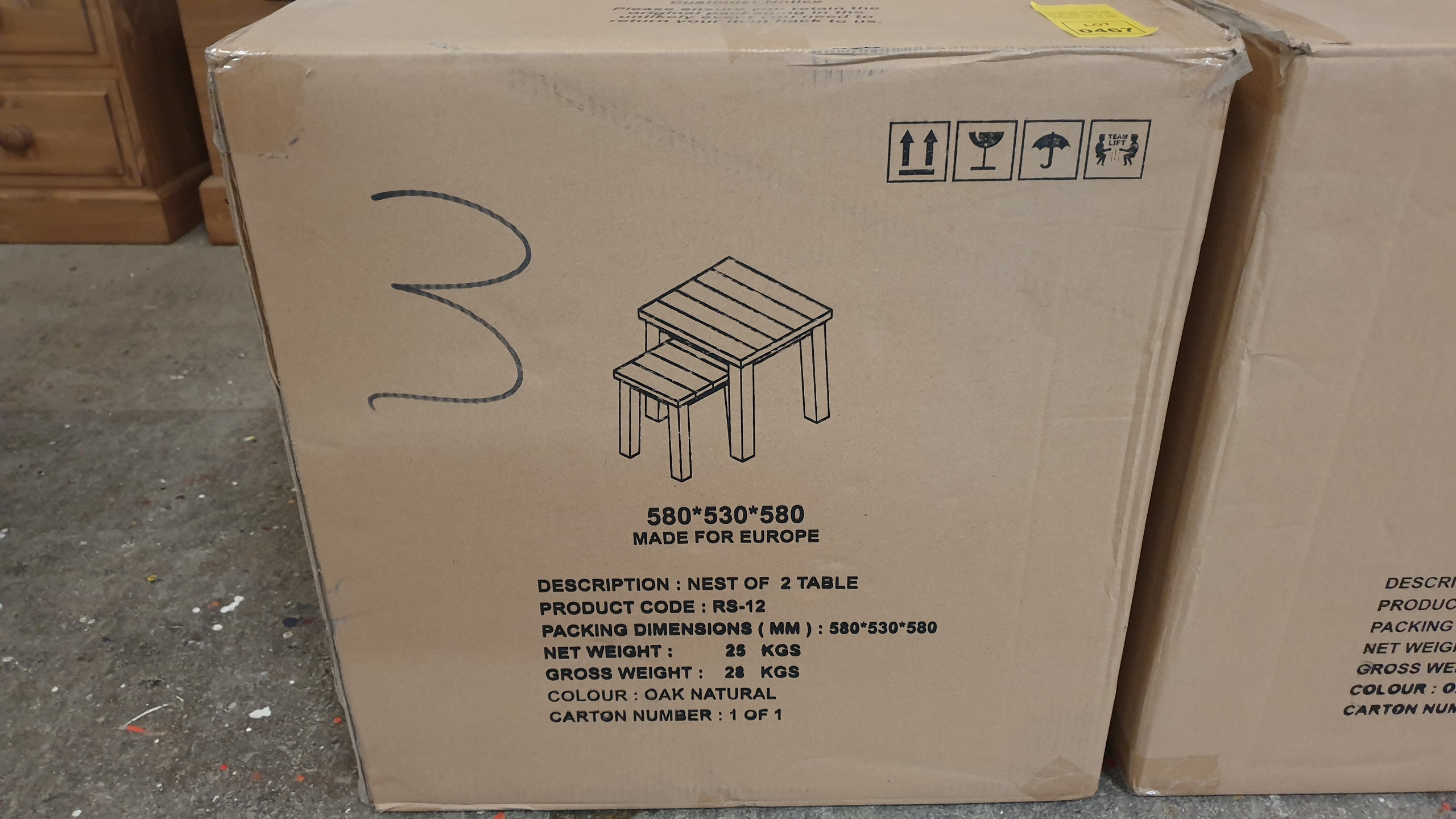Lote 466 - BRAND NEW BOXED NEST OF 2 TABLES