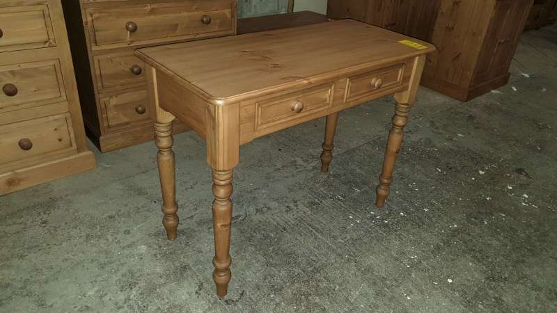 Lote 328 - SOLID WOODEN CONSOLE TABLE WITH 2 DRAWERS 100 X 46 X 76CM HIGH RRP £249