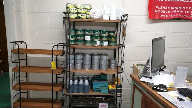 Lote 240 - LOT CONTAINING 13 X 400ML CANS OF FIBBES AND SON DURABLE WOOD FINISH, 35 X 400ML CANS OF FIBBES