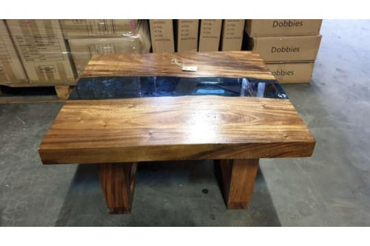 Lote 413 - BRAND NEW SOLID SUAR WOODEN RIVER COFFEE TABLE SIZE 90CM X 80CM X 45CM RRP 795.00 ( PLEASE NOTE THIS