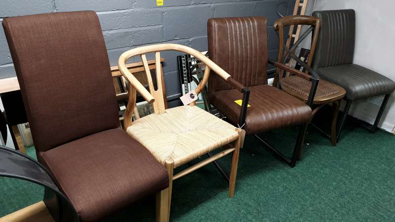 Lote 295 - 5 ASSORTED CHAIRS TOTAL RRP £645