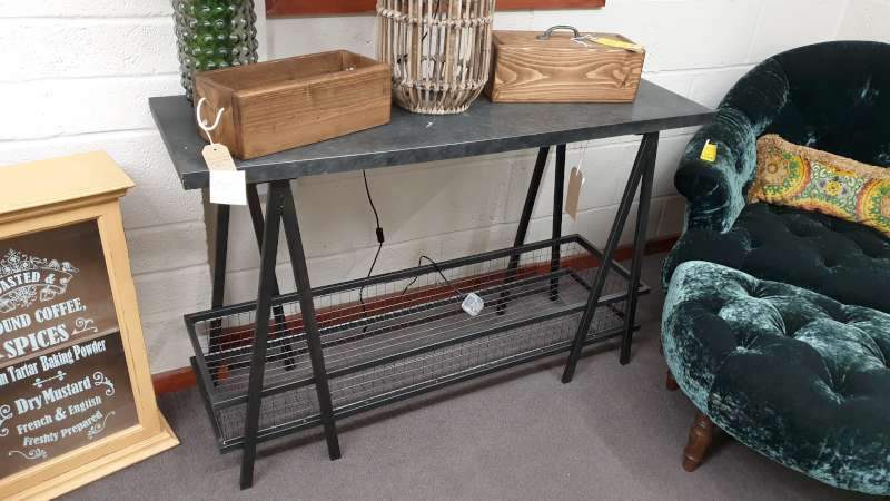 Lote 192 - CONSOLE TABLE WITH UNDERSHELF STORAGE SIZE L1200MM X W400MM X H770MM RRP 199.00