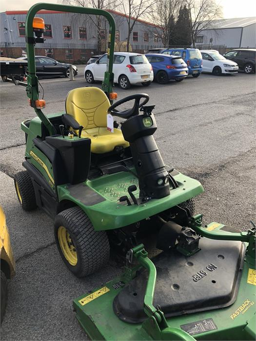 Lot 4 - John Deere 1570 TER C 4WD Front Rotary Mower with Fastback Commercial 62 Attachment