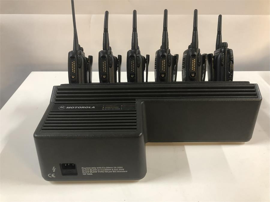Lot 3 - 6 x Motorola GP340 Radio 16 Channel Sysyem with Dock