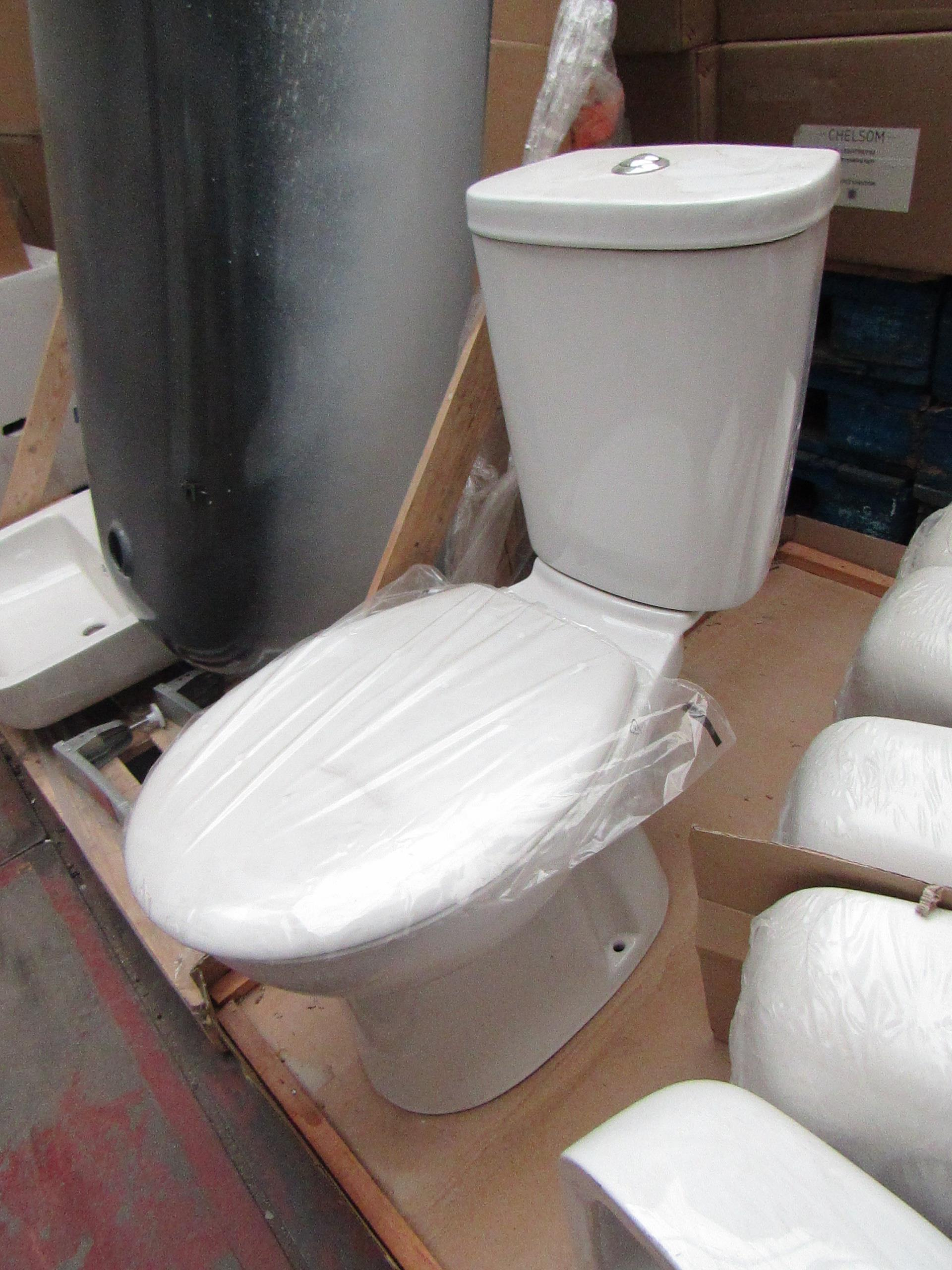 Unbranded Roca Close Coupled toilet comes complete with Cistern, Flush system, toilet pan and
