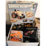 BOXED CONSTRUCTION KIT, MODERN MECCANO WARES ETC