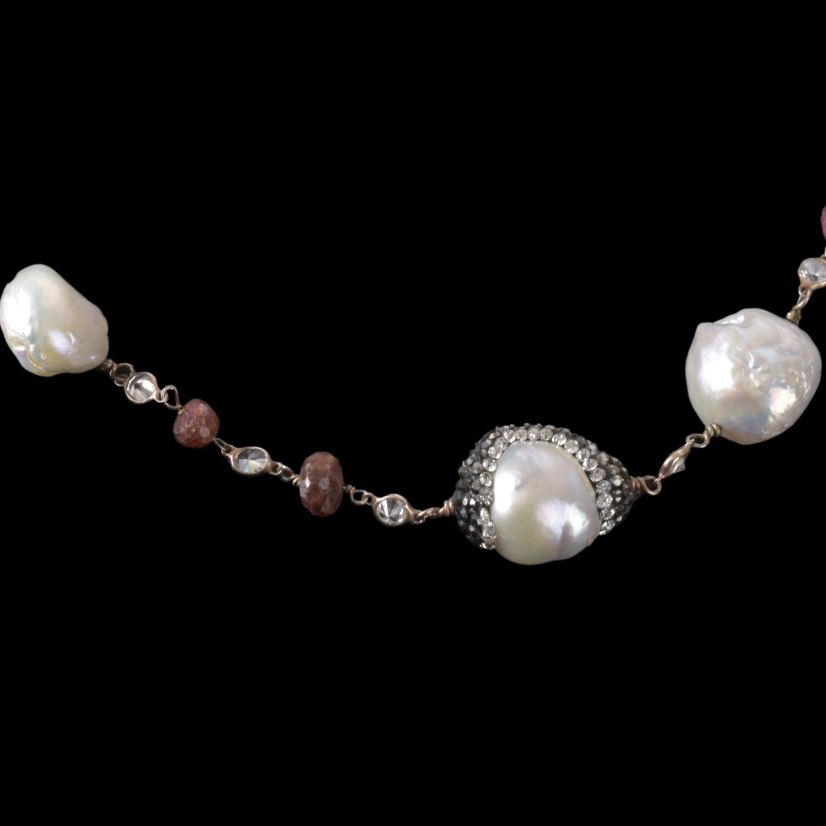 Lot 135 - Vintage Indian Baroque Pearl Necklace